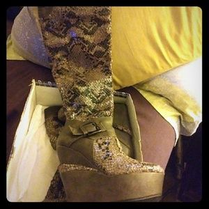 Shoes - Over the knee SNAKE print wedge boots
